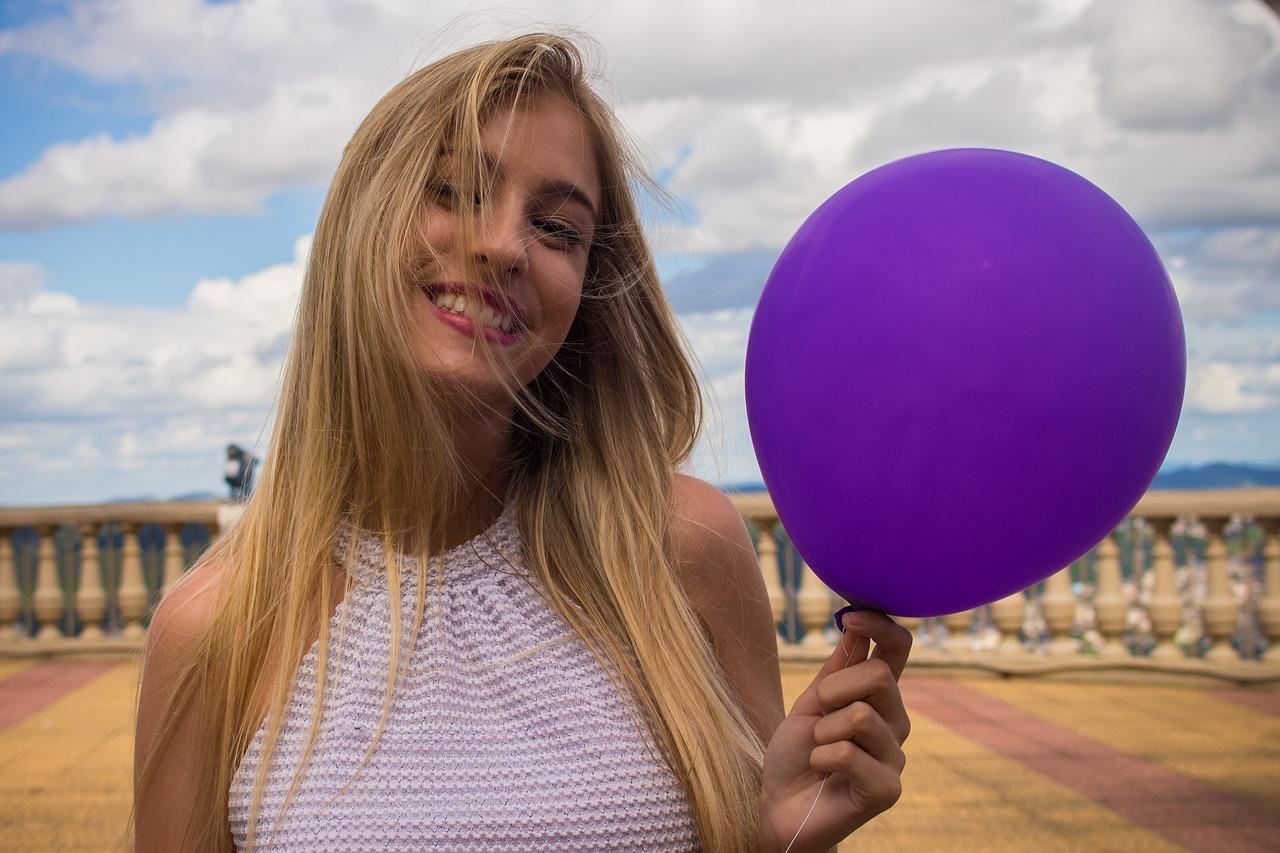 laiminga moteris, balionas