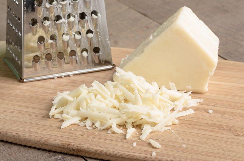 Sūrio ir mėsos piršteliai