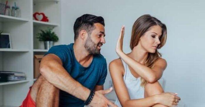 ko moteris niekada neturėtų daryti dėl vyro