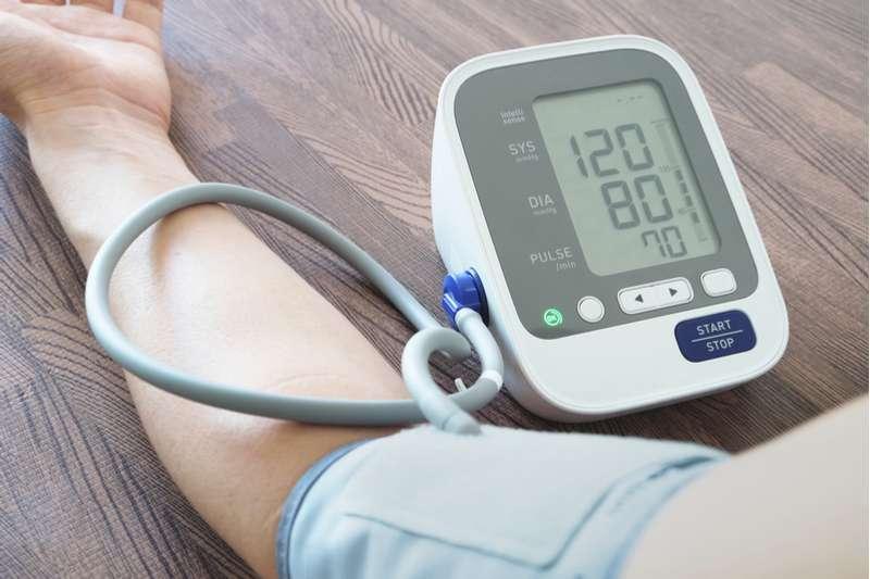 dietos vyresnio amžiaus žmonėms, sergantiems hipertenzija