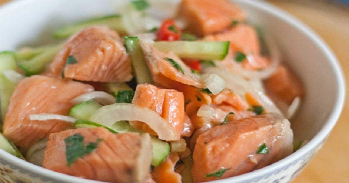 Korėjietiškos žuvies salotos