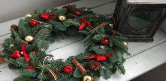 Kalėdiniai vainikai: gražių papuošimų idėjos jūsų namams