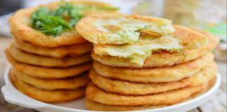 Kefyro tešlos blynai su bulvėmis: puiki idėja pietums ar vakarienei!