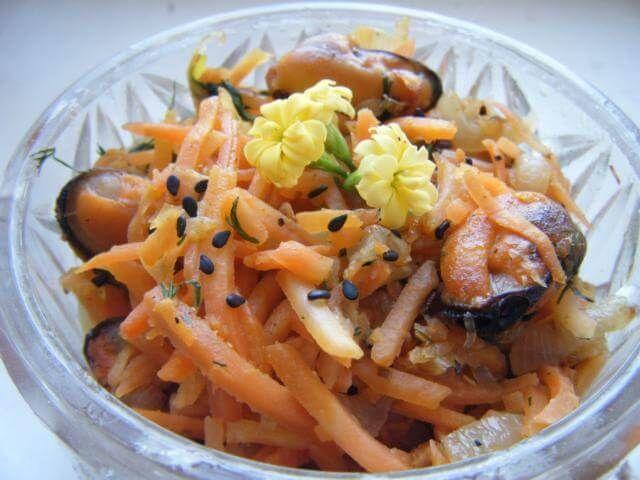 Korėjietiškos žuvies salotos: