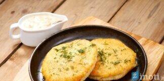 Bulviniai blynai su sūriu. Paįvairinkite savo kasdienybę!