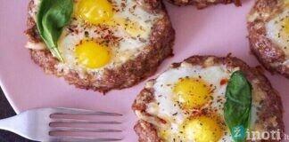 Kotletai su kiaušiniu. Patiekalas kuris gali būti valgomas ir ryte ir vakare!
