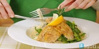 Kaip greitai nuryjate maistą? 5 priežastys valgyti lėčiau