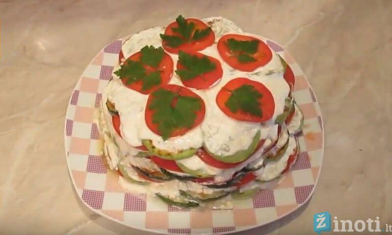 Dietinis cukinijų pyragas