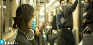 Kaip nuo koronaviruso apsisaugoti viešajame transporte ir važiuojant taksi