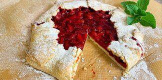 Greitas pyragas su braškėmis. Dieviško skonio desertas...