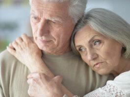 Senatvėje seneliai dažnai laikomi našta. Kodėl taip yra?