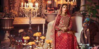Nepaprastai gražios indiškos vestuvinės suknelės. Pasigrožėkite!