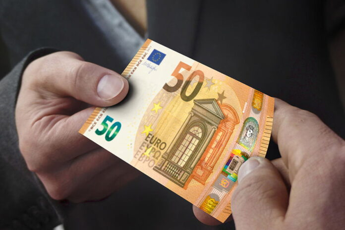 eurai pinigai