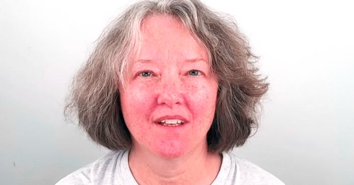 60-metė moteris bijojo, kad vyras ją paliks, tad nuėjo pas stilistą. Pamatykite rezultatus!