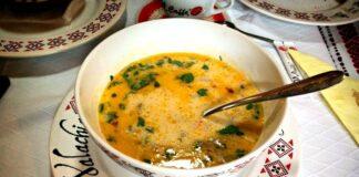 Subtili ir pikantiška, turkiška vištienos sriuba: itin paprastas receptas