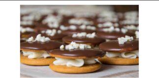 Dvigubi medaus sausainiai. Neabejotinas šventinio stalo akcentas