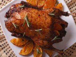 Kepta antis su apelsinais: puikus patiekalas šventėms!