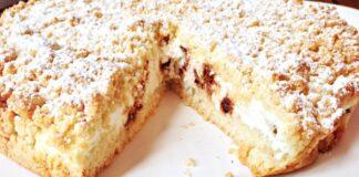 Burnoje tirpstantis pyragas su itin švelniu įdaru jūsų stalui