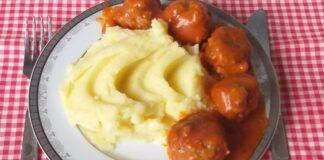 Labai skanus sovietinis receptas: mėsos kukuliai pomidorų padaže
