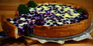 Neįtikėtinai skanus pyragas su mėlynių ir grietinės įdaru