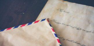 Vyras rado piniginę su senu laišku. Netrukus surado ir jos savininką!