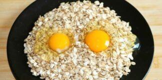 Neįprastas, bet gardus receptas: keptuvėje kepti avižiniai dribsniai su kiaušiniais