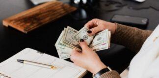 Penki Zodiako ženklai, kuriems balandį pasiseks finansiškai