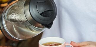 Prietarai susiję su arbata ir kodėl negalima jos praskiesti?