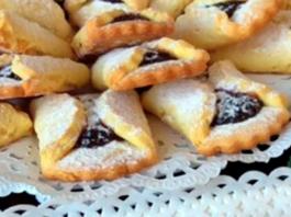 Labai skanūs trapios tešlos sausainiai su uogiene. Pasidarykite!