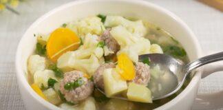 Lengva, vasariška sriuba su kalafiorais ir mėsos kukuliukais