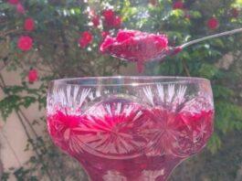 Rožių uogienė: neįprastos, bet gardžios uogienės gaminimo paslaptis