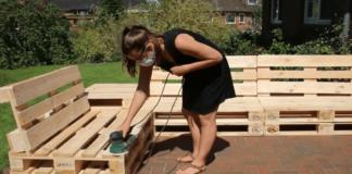 Labai paprasta ir greita: šaunūs sodo baldai, pagaminti iš dėžių ir palečių