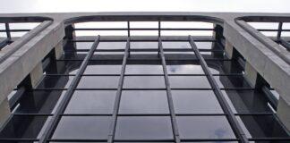 stiklas pastatas