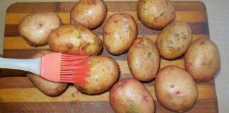 Keptos bulvės. Net keli ypatingi receptai jūsų dėmesiui