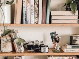 Knygų energija: 5 priežastys, kodėl verta reguliariai tvarkyti knygų lentynas