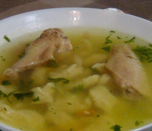 Soti vištienos sriuba. Patiks net vaikams...